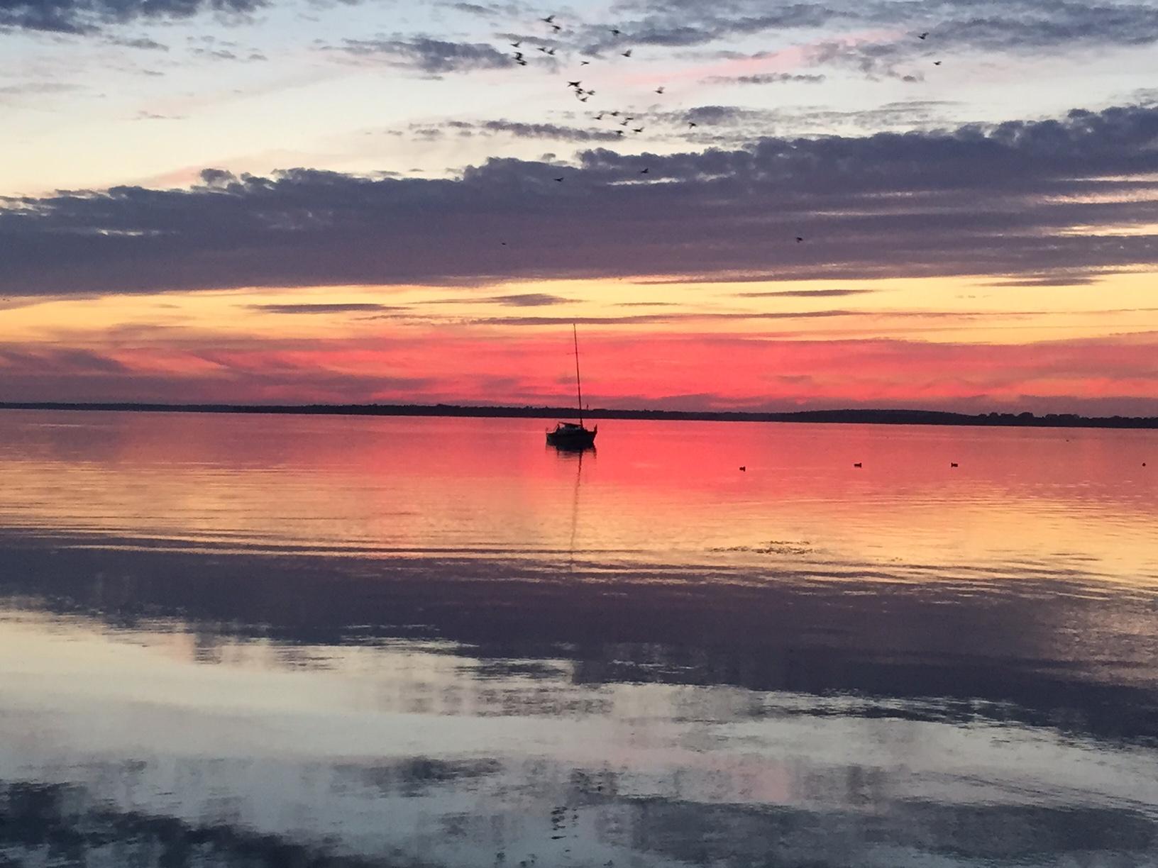 Sunset Premium Yachting